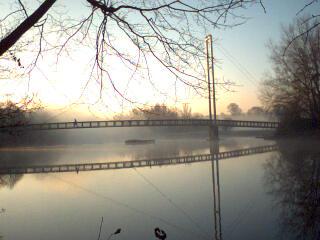 2003-12-17_Black_Weir_Bridge.jpg