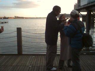 2004-02-23-Ice-cream_at_the_docks.jpg