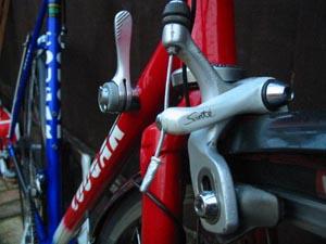 2004-09-26-Cougar2.JPG