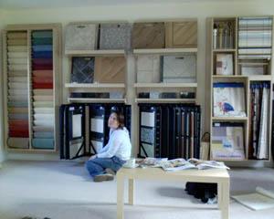 2005-10-13-Choosing_tiles.JPG
