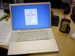 2006-09-12--Macbook Pro+Tea