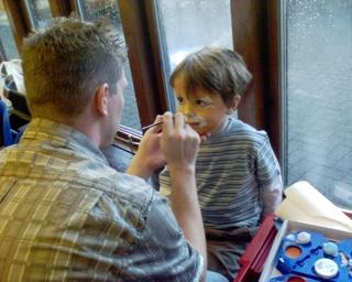 2006-11-25--Facepainting