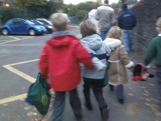 2007-10-13-Running To School