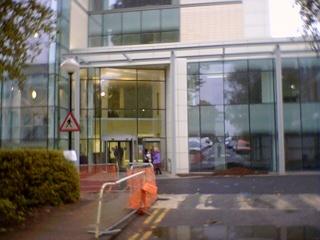 2007-30-05--Enter The Ils Building